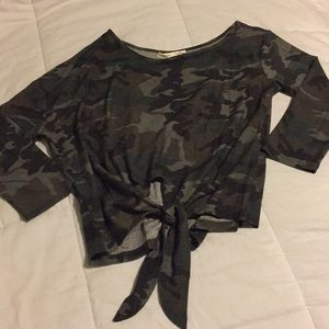 Camouflage Off the Shoulder Front tie Top NWOT